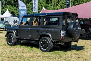 Land Rover Defender 110 Wide Track station wagon by Chelsea Truck Co 2016 r3q