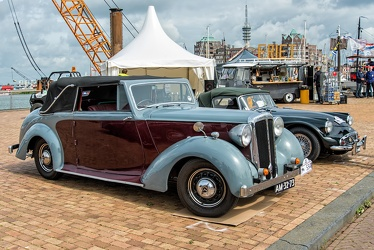 Daimler DB18 Consort foursome DHC by Barker 1950 fr3q