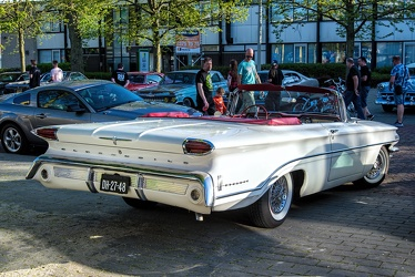 Oldsmobile Dynamic 88 convertible coupe 1960 r3q