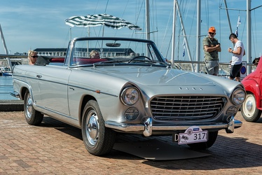 Fiat 2100 Lusso cabriolet by Viotti 1960 fr3q