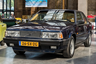 Volvo 780 coupe by Bertone 1988 fl3q