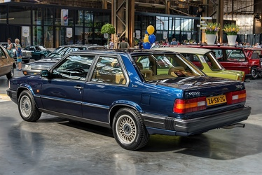 Volvo 780 coupe by Bertone 1988 r3q