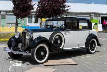 Rolls Royce 20/25 HP sport saloon by Park Ward 1933 fl3q