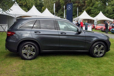 Mercedes GLC 220 d 4Matic 2015 side