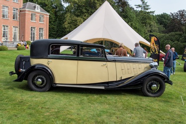 Renault Nervastella ZD2 coupe chauffeur by Franay 1933 side