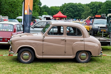 Austin A30 4-door saloon 1953 side