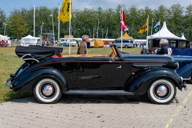 Chrysler Plymouth P4 DeLuxe cabriolet by Tuscher 1937 side