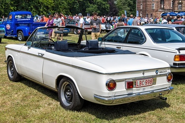 BMW 1600 cabriolet by Baur 1969 r3q