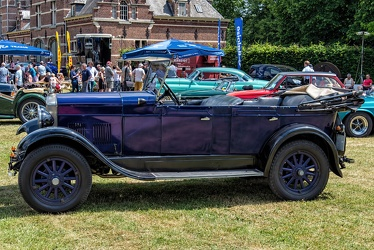 Rugby D40 tourer 1929 side