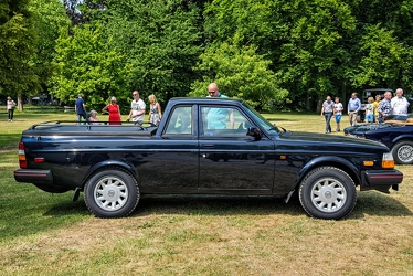 Volvo 240 D pick-up conversion 1986 side