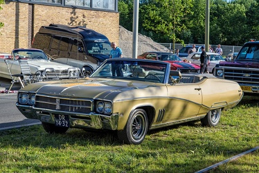 Buick Skylark Custom convertible coupe 1969 fl3q
