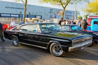 Dodge Charger S1 1967 fr3q