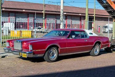 Lincoln Continental Mark IV 1975 fl3q