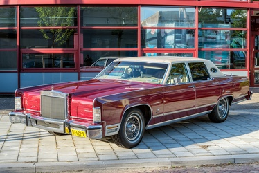 Lincoln Continental Town Car 1979 fl3q