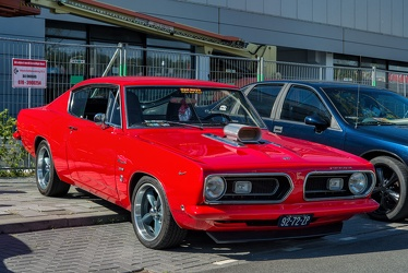Plymouth Barracuda fastback coupe restomod 1968 fr3q