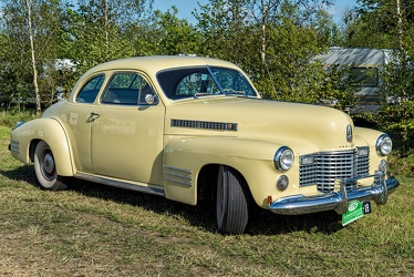 Cadillac 62 coupe 1941 fr3q