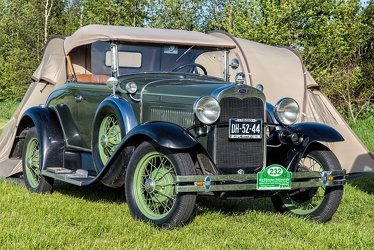 Ford Model A roadster 1930 fr3q