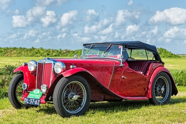 MG TC Midget 1949 red fl3q