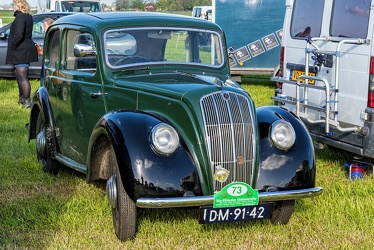 Morris 8 Series E 2-door saloon 1938 fr3q
