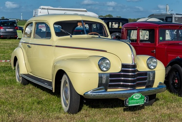 Oldsmobile Series 60 2-door touring sedan 1940 fr3q