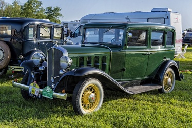 Pontiac Series 402 Six 4-door sedan 1932 fl3q