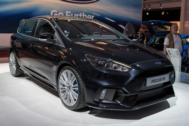 Ford Focus RS 2015 fr3q