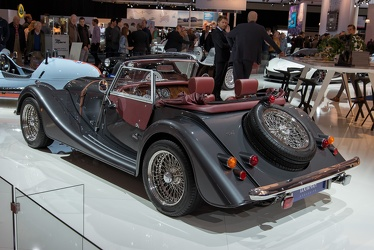 Morgan Plus 4 2015 r3q