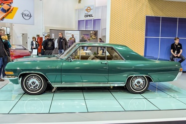 Opel Diplomat A V8 coupe 1967 side