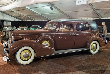 Cadillac 75 V8 formal sedan by Fleetwood 1936 side