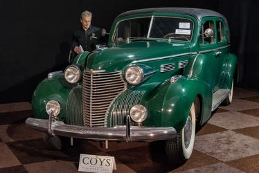 Cadillac 75 V8 formal sedan by Fleetwood 1940 fl3q