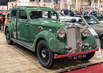Rover P2 14 HP sports saloon 1946 fr3q