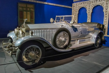 Rolls Royce Phantom I torpedo touring by Barker 1926 side