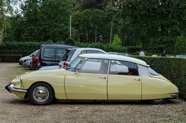 Citroen ID 19 S2 1965 side