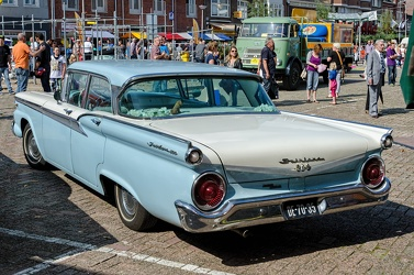 Ford Fairlane 500 4-door sedan 1959 r3q