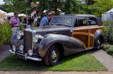 Bentley Mk VI Countryman shooting brake by Harold Radford 1947 fl3q