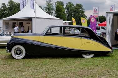 Rolls Royce Silver Wraith limousine by Freestone & Webb 1955 side