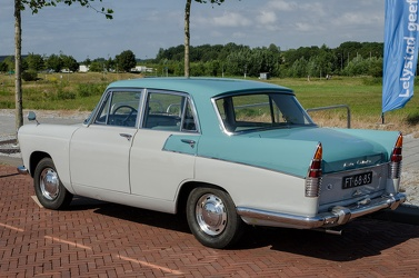 Austin A55 Mk II Cambridge 1961 r3q