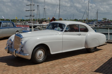 Bentley R Continental fastback coupe by Mulliner 1951 fl3q