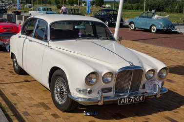 Jaguar 420 US 1967 fr3q
