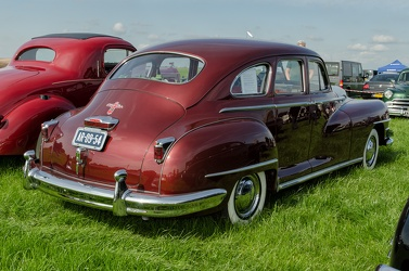 Chrysler Windsor 4-door sedan 1947 r3q