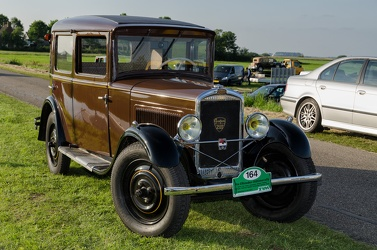 Peugeot 201 berline 1930 brown fr3q