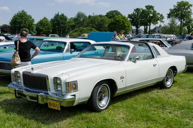 Chrysler Cordoba T-Top coupe 1979 fl3q