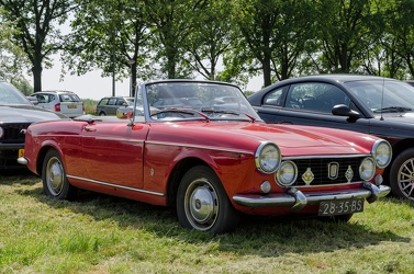 Fiat 1500 cabriolet S2 by Pininfarina modified 1966 fr3q