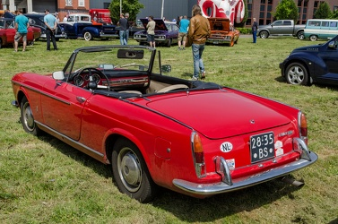 Fiat 1500 cabriolet S2 by Pininfarina modified 1966 r3q