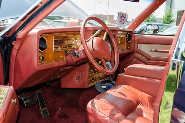 Stutz Victoria by Carrozzeria Saturn 1985 interior
