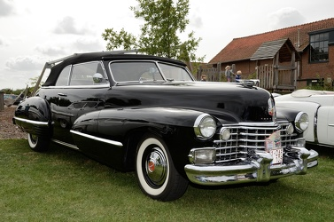 Cadillac 62 convertible coupe 1942 fr3q