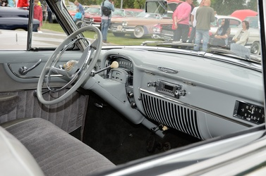 Cadillac 62 club coupe 1951 interior
