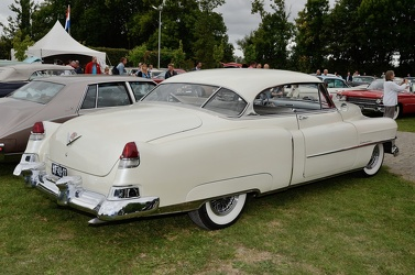 Cadillac 62 club coupe 1951 r3q