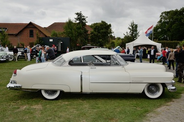 Cadillac 62 club coupe 1951 side