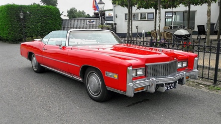 Cadillac Eldorado convertible coupe 1976 red fr3q